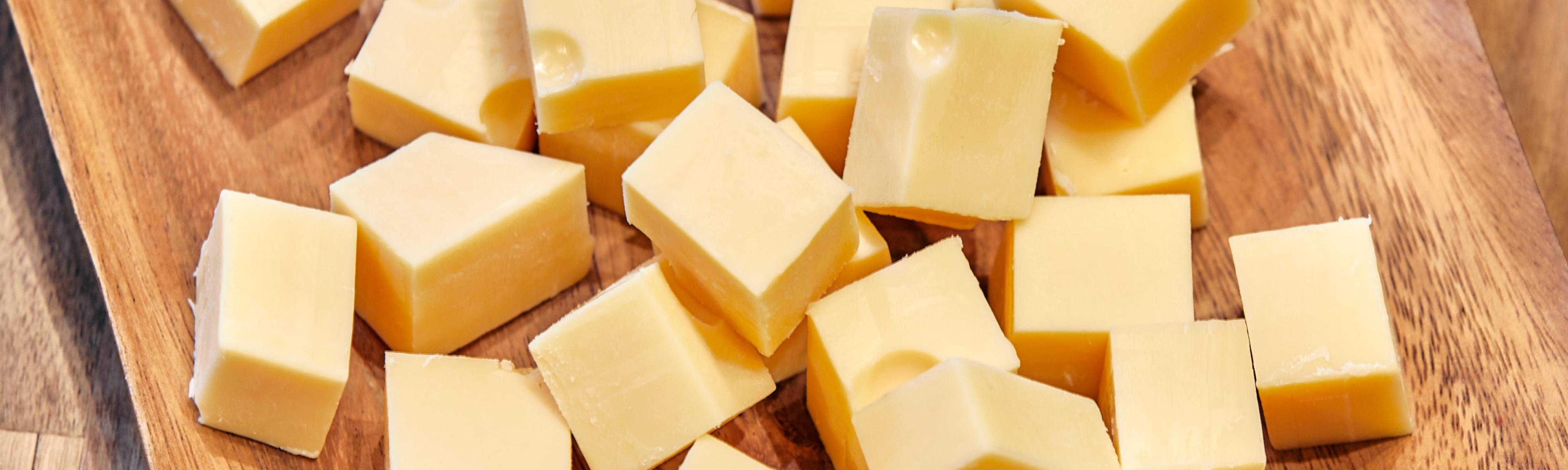 Waarom is kaas geel?