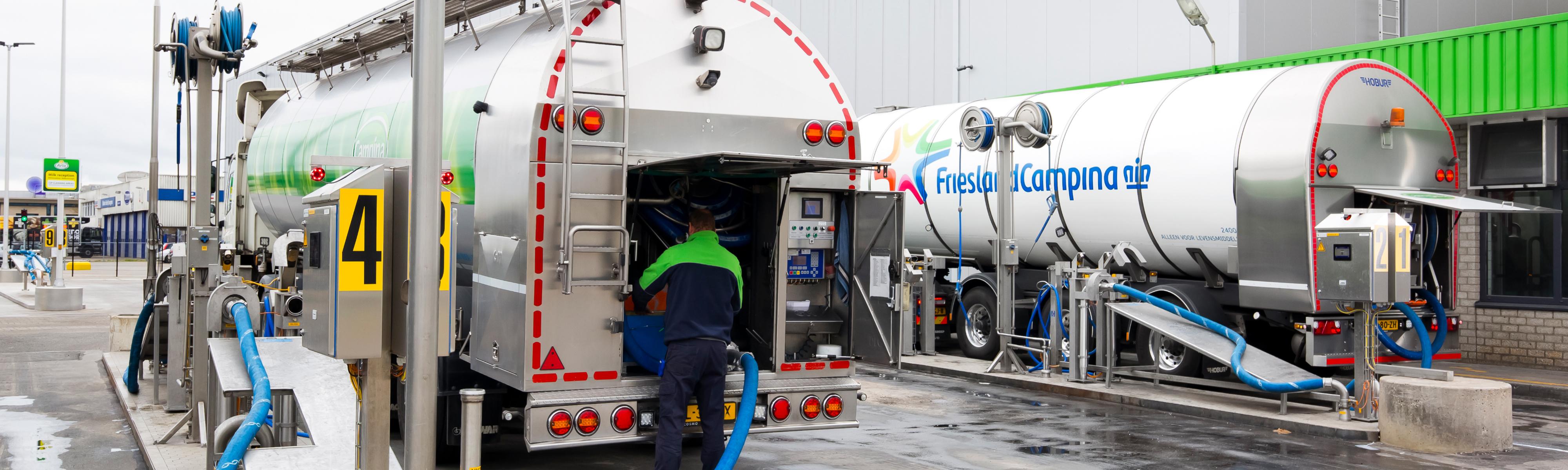 Friesland Campina vrachtwagens